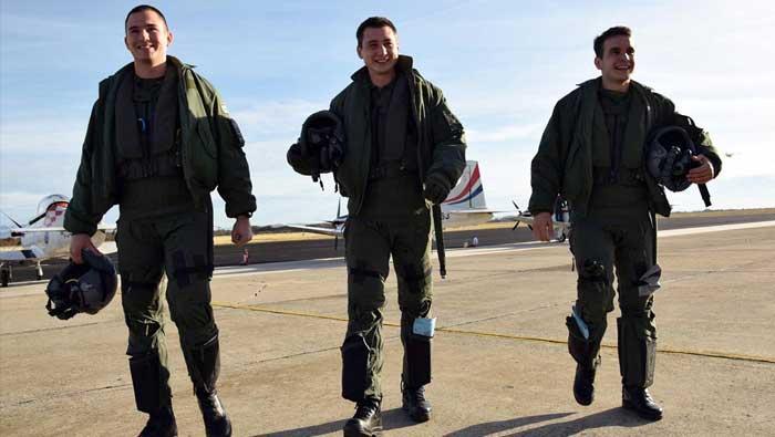 Kadeti u Zemuniku izveli prve samostalne letove na Pilatusu | Domoljubni portal CM | Press