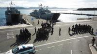 Iskrcavanje kosovskih i albanskih snaga s brodova HRM-a | Domoljubni portal CM | Press