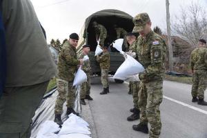U obrani od poplava na terenu angažirano 90 pripadnika HKoV-a