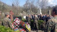 Položeno cvijeće na spomen-obilježje stradalim Hrvatima u Trusini