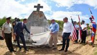 Komemoracija i otkrivanje spomen ploče u čast američkih i britanskih vojnika poginulih u Drugom svjetskom ratu